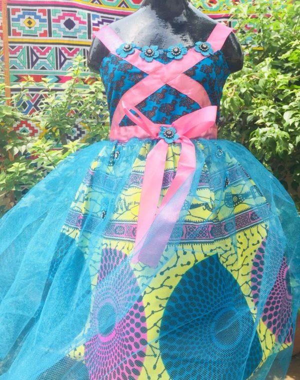 Robe princesse à bretelles